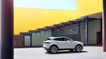 Jaguar E-Pace 2018, primeras fotos y datos oficiales