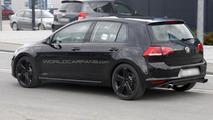 Volkswagen Golf VII R spy photo 13.09.2012 / Automedia