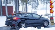 2019 Ford Focus wagon test mule spy photo