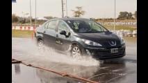 Com venda de carros novos em queda, reposição de pneus cresce 16,3%