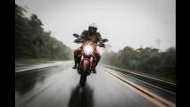 Avaliação: Ducati Monster 821 une estilo clássico, motor explosivo e fome de curvas