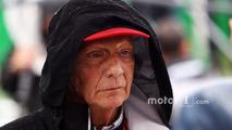 Niki Lauda, Mercedes Non-Executive Chairman on the grid