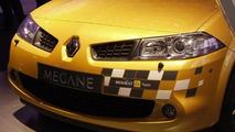 Renault Mégane F1 Team R26 at Paris