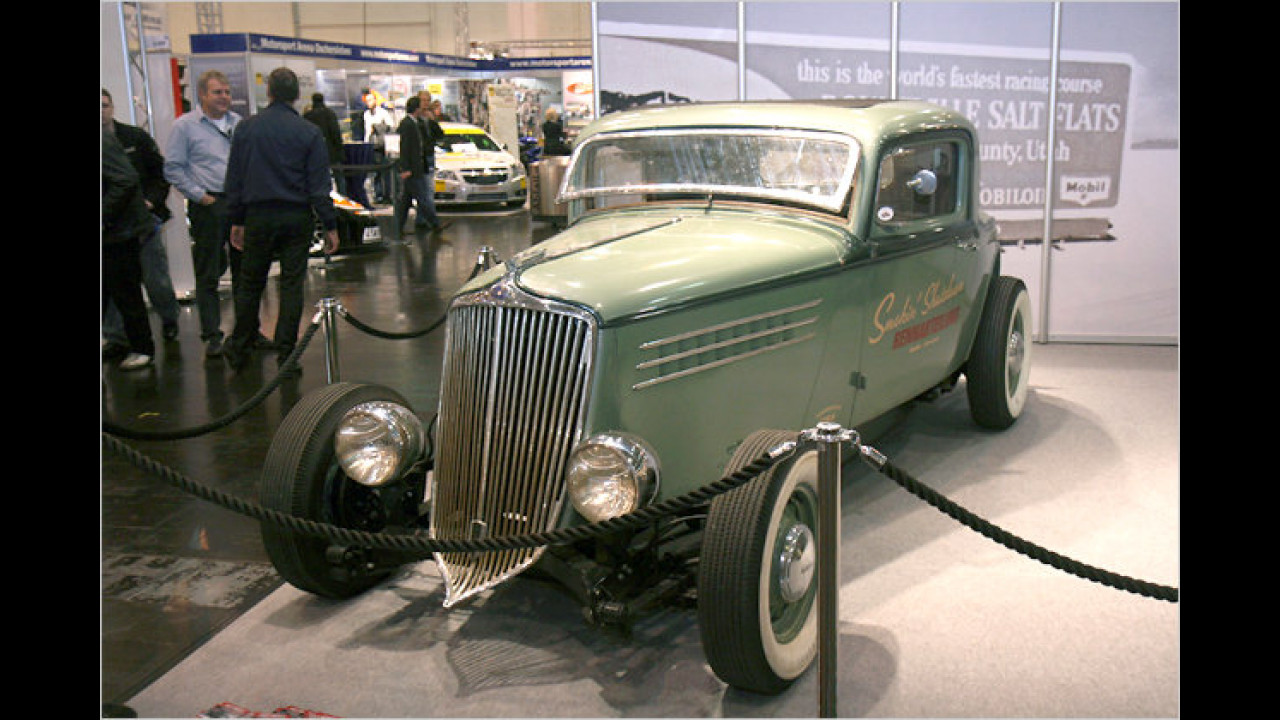 1934 Graham-Paige 3-Window Coupé