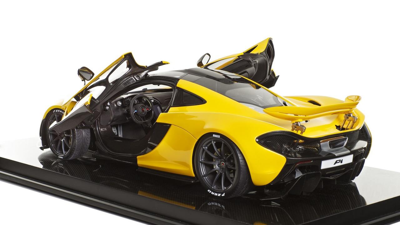 McLaren P1 scale model