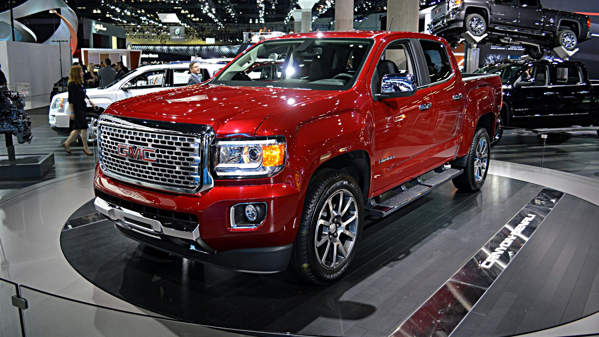 2017 gmc canyon denali unveiled as the first premium mid size pickup. Black Bedroom Furniture Sets. Home Design Ideas