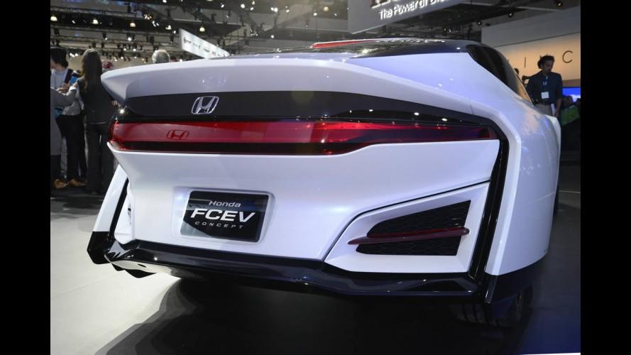 Futurista Honda FCEV Concept roda 482 km com uma única recarga