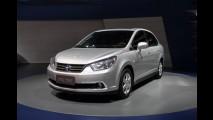 Tiida Sedan renasce como Venucia D50 na China e terá preço inicial de R$ 20.600