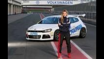 Modelo capa da Playboy vai correr na Copa Volkswagen