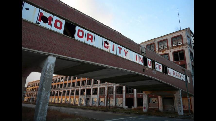 Capital do carro nos EUA, Detroit se afunda em crise e pede falência