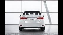 É o brasileiro? Toyota também revela o novo Corolla 2014 europeu