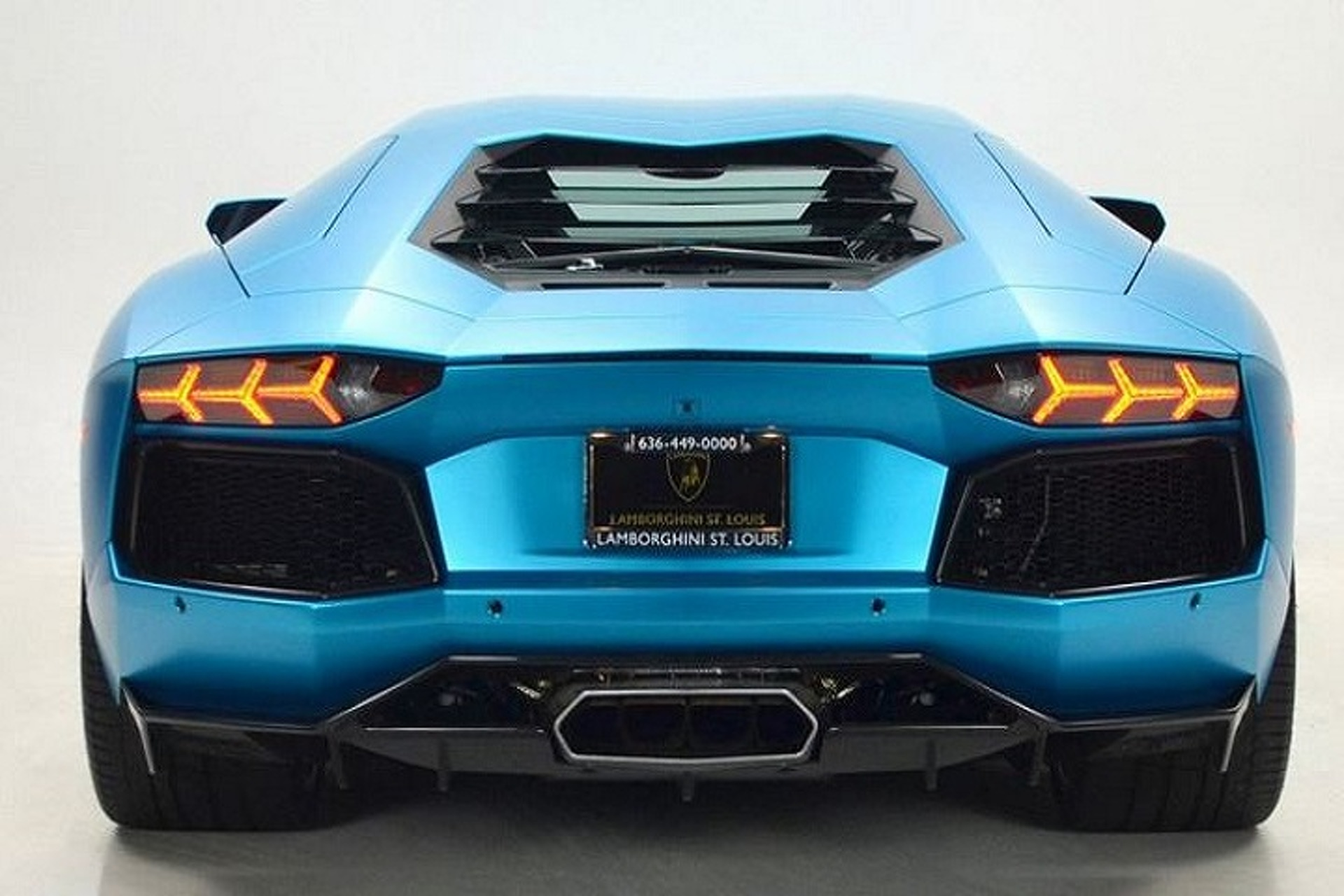 Ocean Shimmer Lamborghini on the Market
