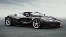 Ferrari LaFerrari Spider first official photos