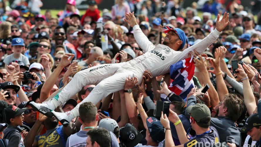 Rosberg penalty promotes Verstappen