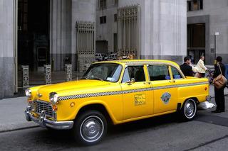 Uber, Lyft Surpassed Taxis in User Ratings, Gaining on Rentals