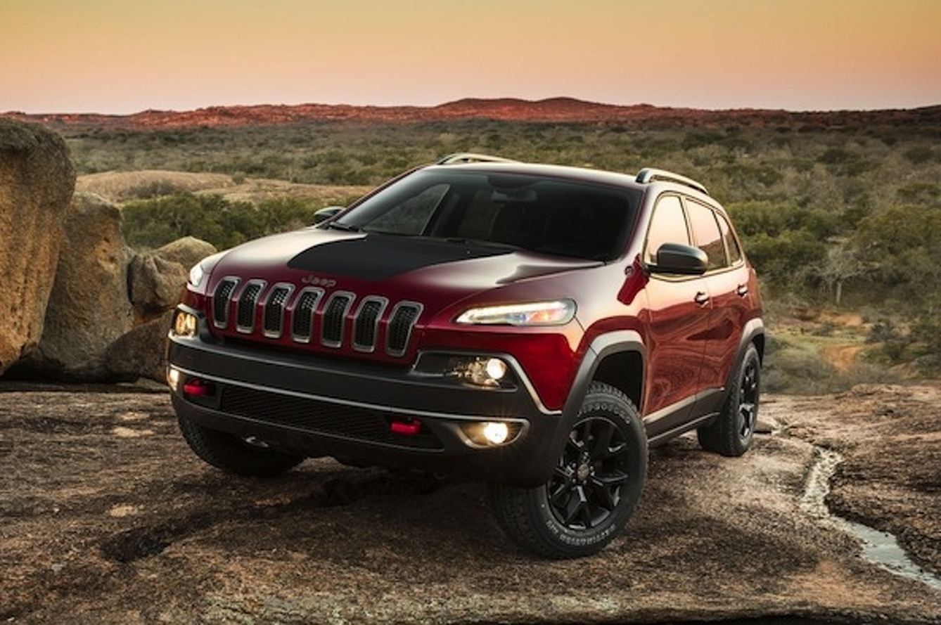 Jeep Considering Hotted-Up Cherokee SRT?