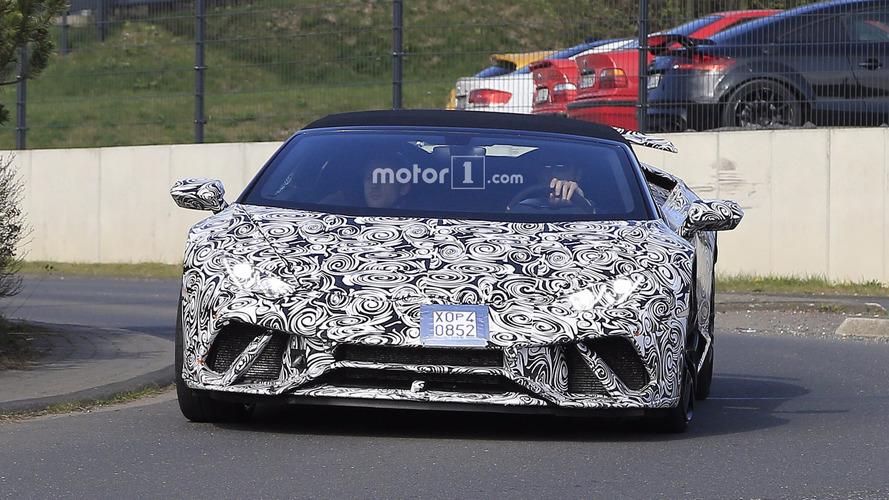 Lamborghini Huracan Performante Spyder photos espion