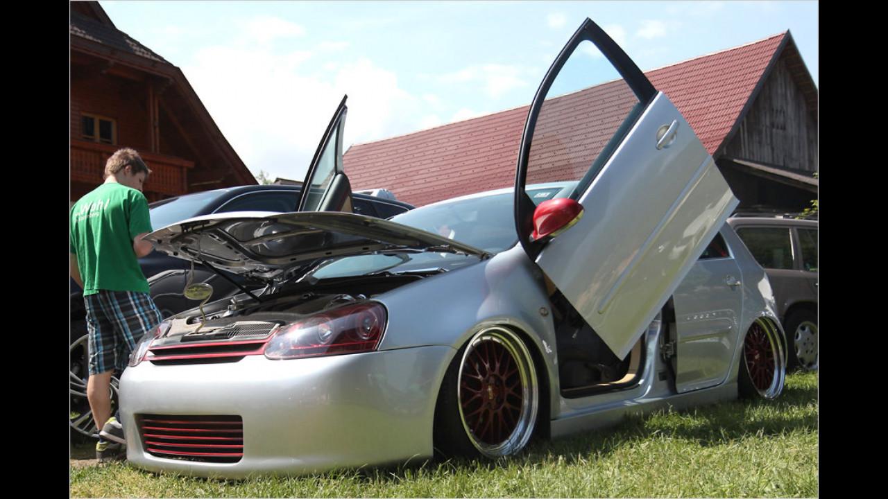 Scherentüren im Lamborghini-Style haben inzwischen einen festen Platz in der Tuning-Szene ergattert.