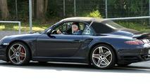 Porsche 997 Turbo Cabriolet facelift spy photo