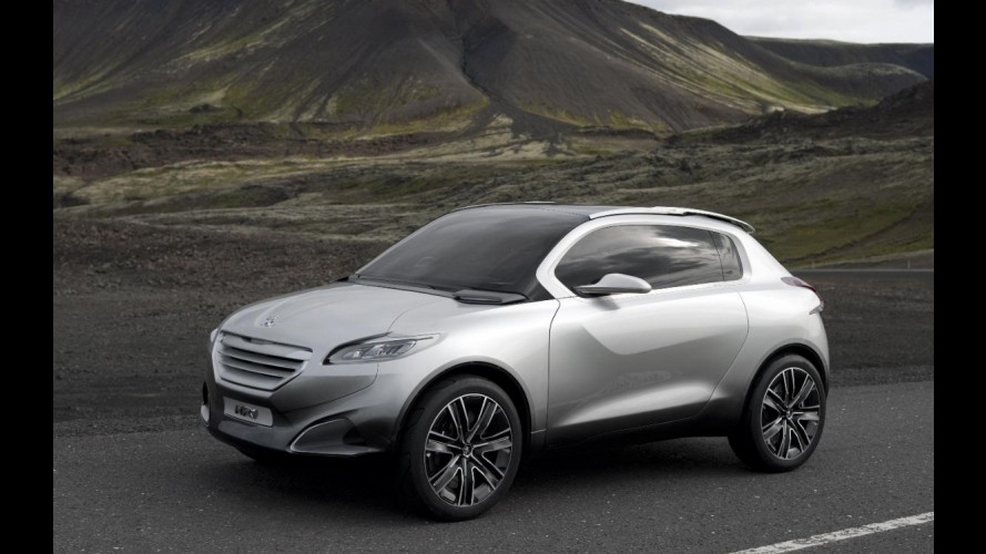 Peugeot lançará crossover compacto derivado do hatch 208