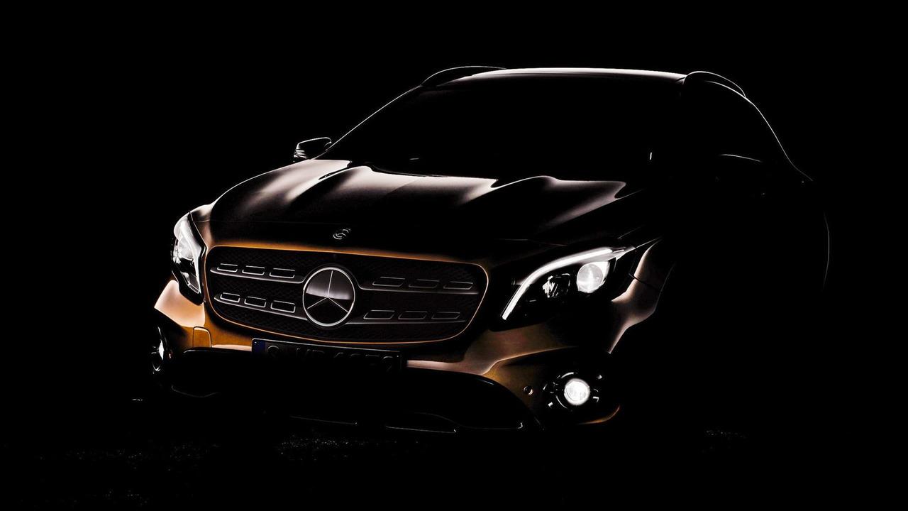 2018 Mercedes GLA facelift teaser