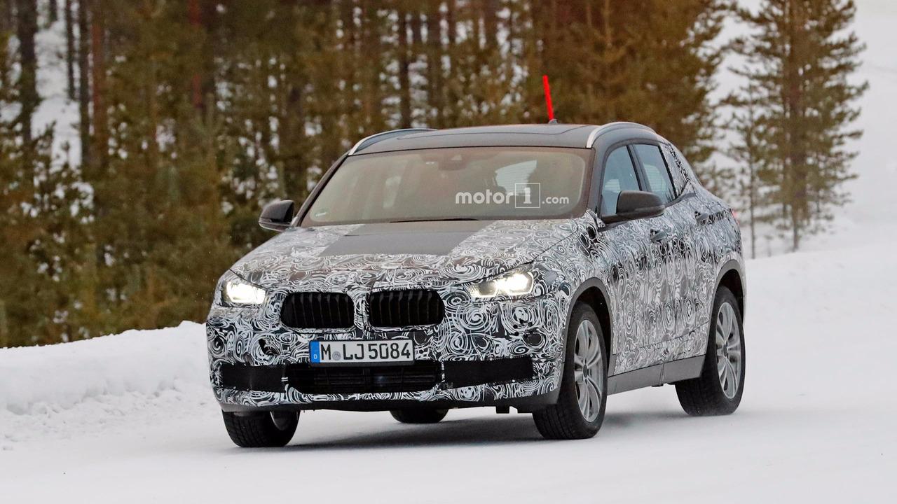 BMW X2 kış testi casus fotoğrafları