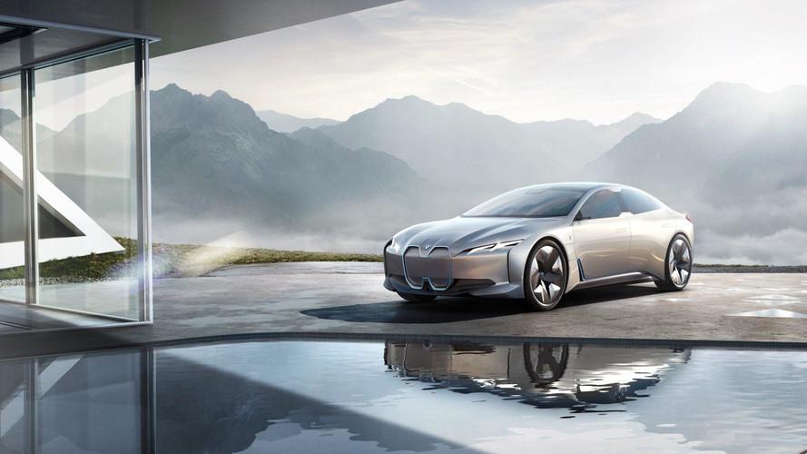 BMW, elektrikli ailesini Los Angeles Otomobil Fuarı'na götürüyor