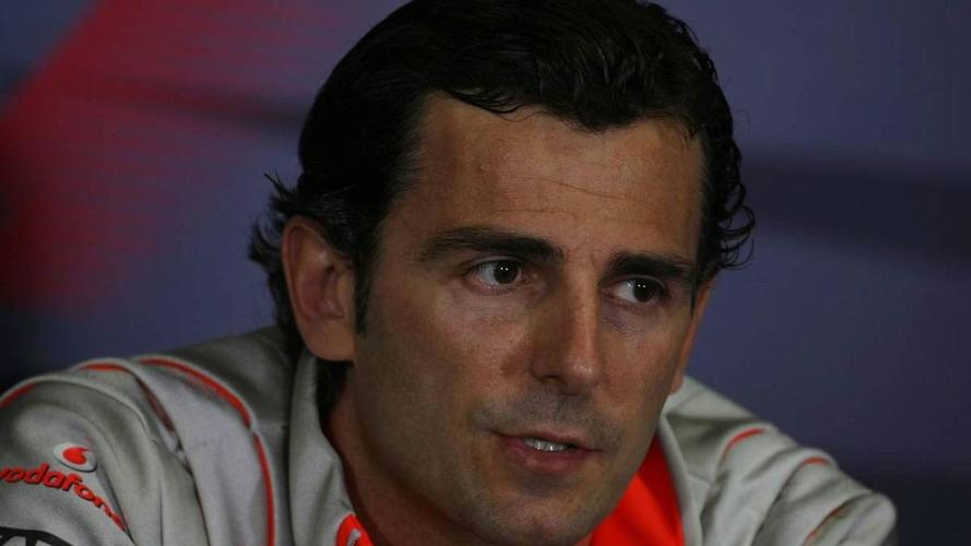Santander not ruling out de la Rosa backing