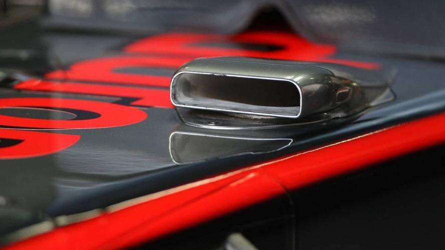 McLaren running split F-duct setups for Monza