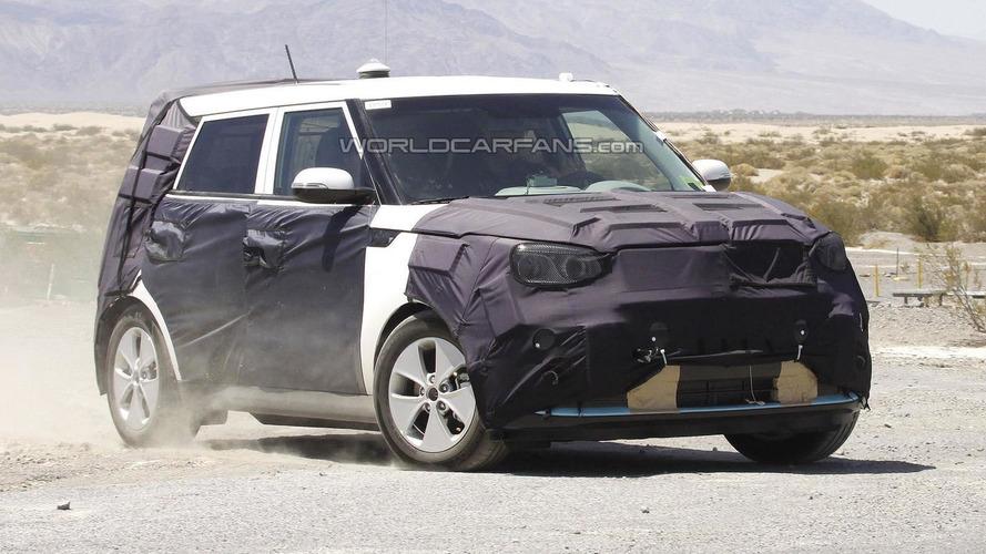 2014 Kia Soul EV spied during recharging