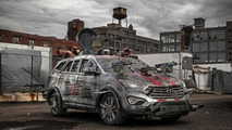Hyundai Santa Fe Sport Zombie Survival Machine unveiled at Comic Con