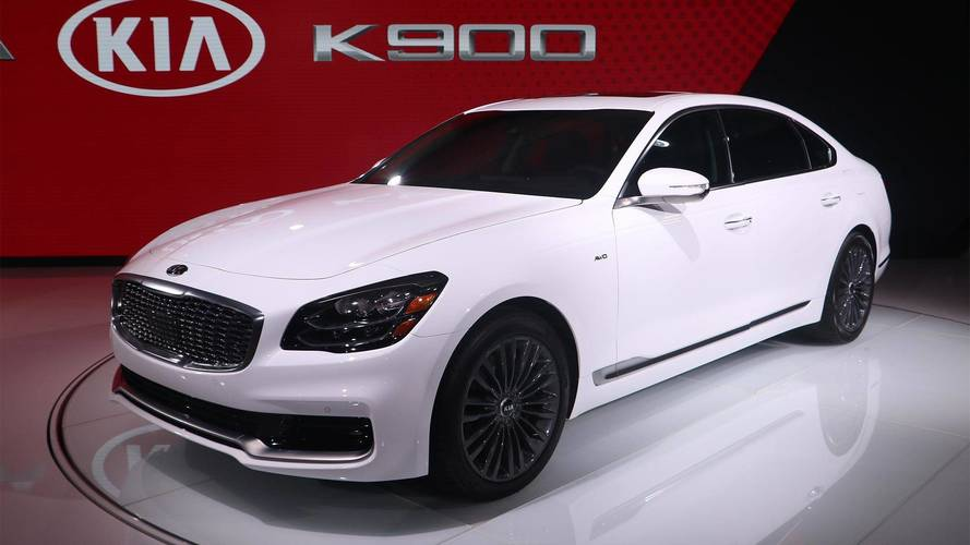 K900 For Sale >> 2019 Kia K900 Makes A Handsome Debut In New York