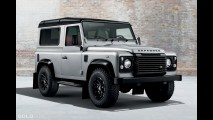 Land Rover Defender 90 Black Pack