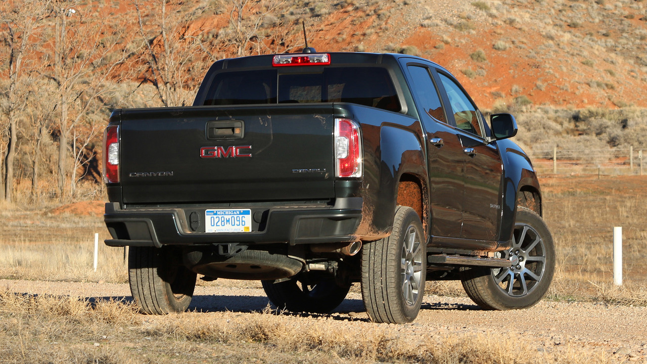 2017 gmc canyon denali review what am i paying for again. Black Bedroom Furniture Sets. Home Design Ideas