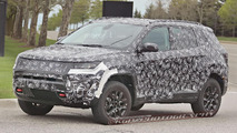 Jeep Compass / Patriot replacement spy photo