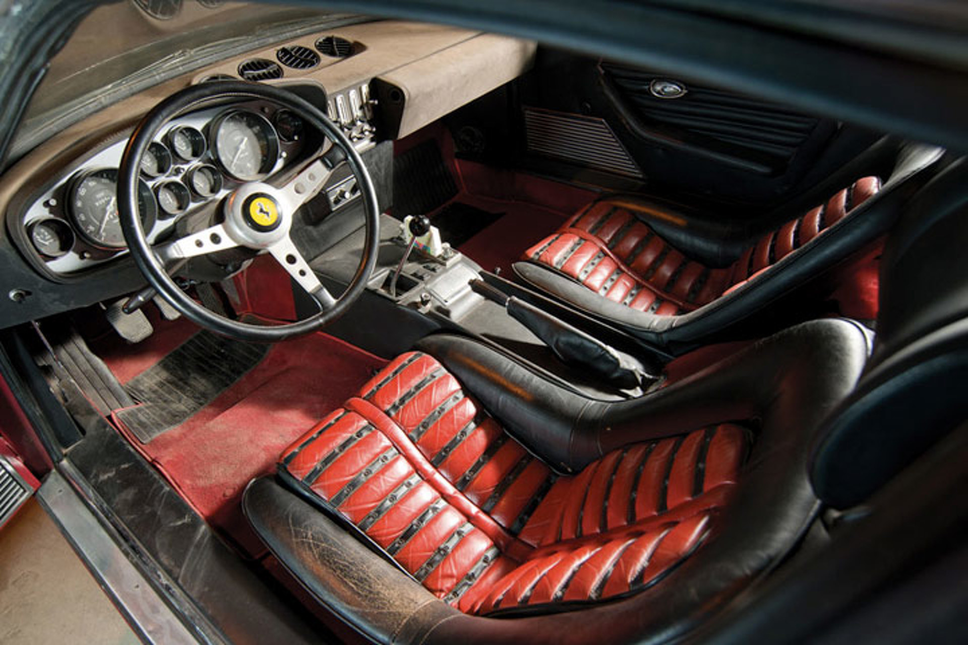 '71 Ferrari Daytona is World's First 'Condo Find'