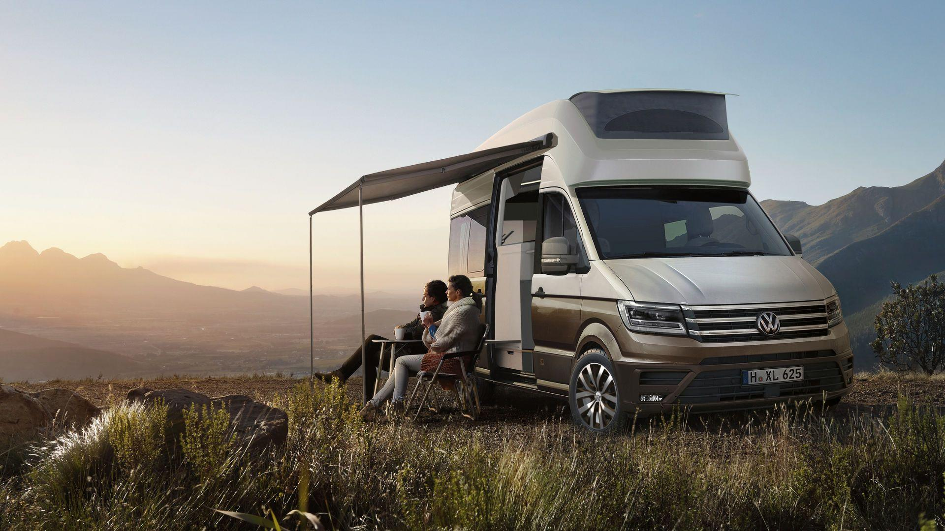 vw california xxl concept is the ultimate crafter motorhome. Black Bedroom Furniture Sets. Home Design Ideas