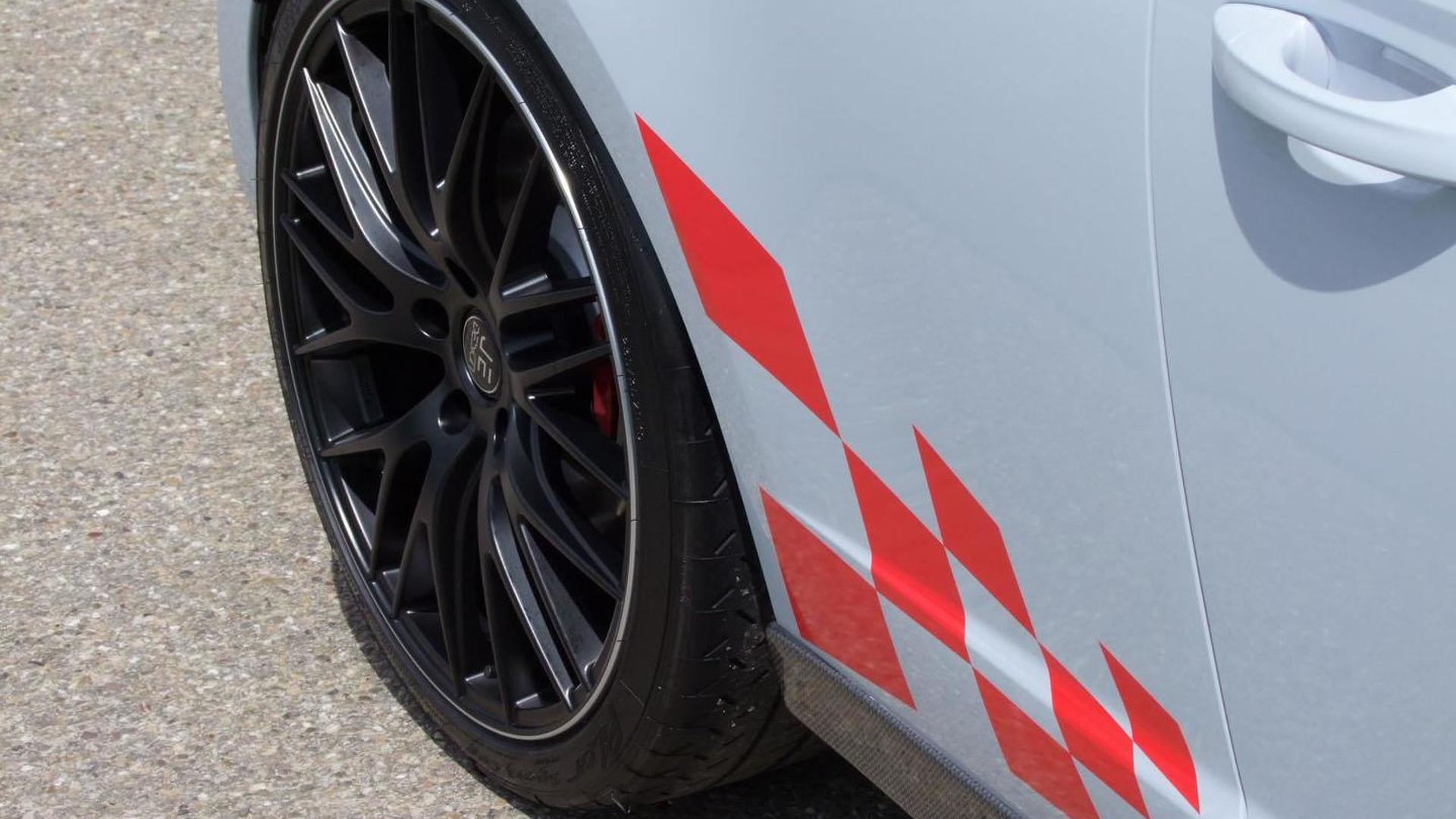Чёрные колёса SEAT Leon Cupra 280 от JE Design