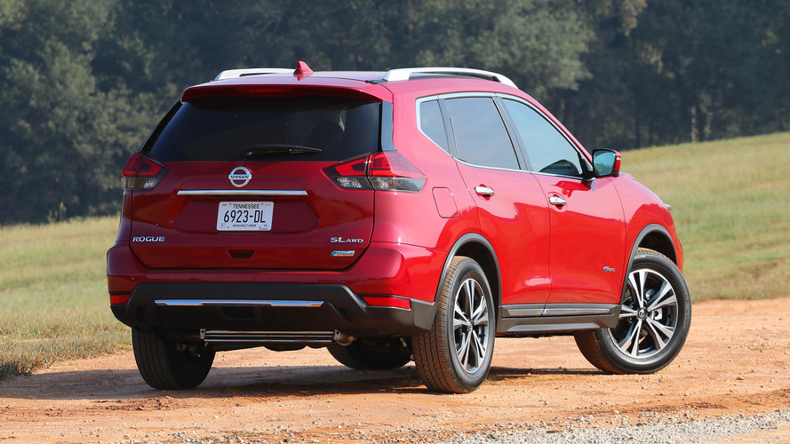 2017 nissan rogue hybrid first drive efficiency at the expense of cargo space. Black Bedroom Furniture Sets. Home Design Ideas
