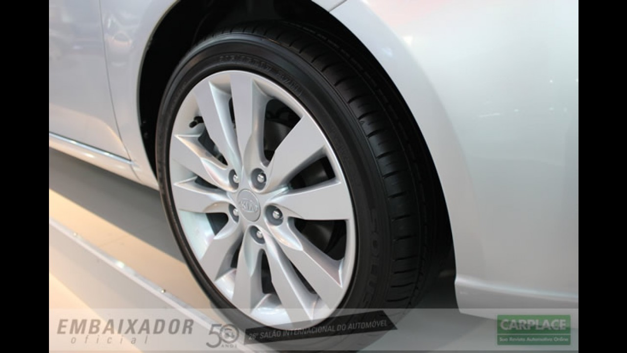 Salão do Automóvel: Novo Kia Cerato hatch - Veja fotos