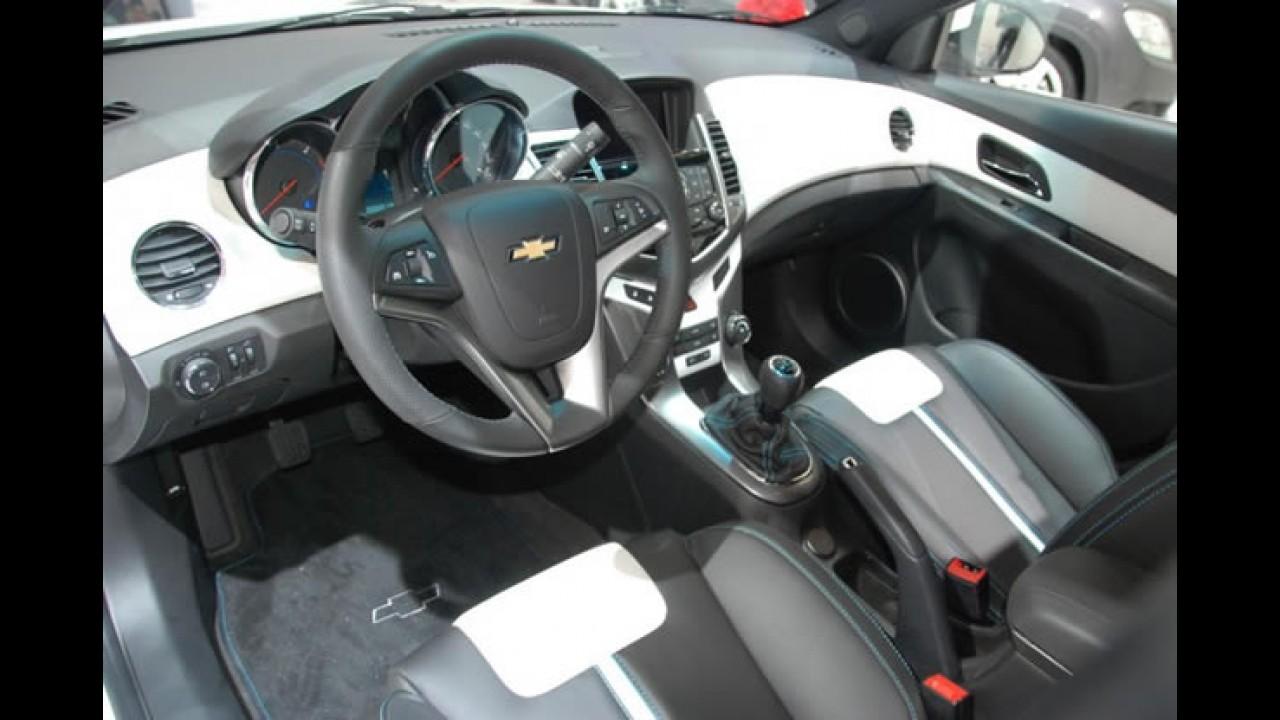 Fotos: Chevrolet Cruze Hatch no Salão de Paris