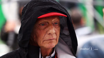 Niki Lauda, Mercedes Non-Executive Chairman on the grid