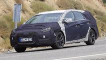 2018 Hyundai i40 facelift spy photo