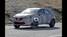 Renault Grand Captur, le foto spia