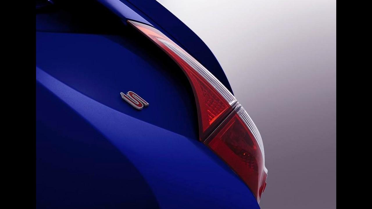 Toyota Corolla 2014 tem primeiro teaser revelado