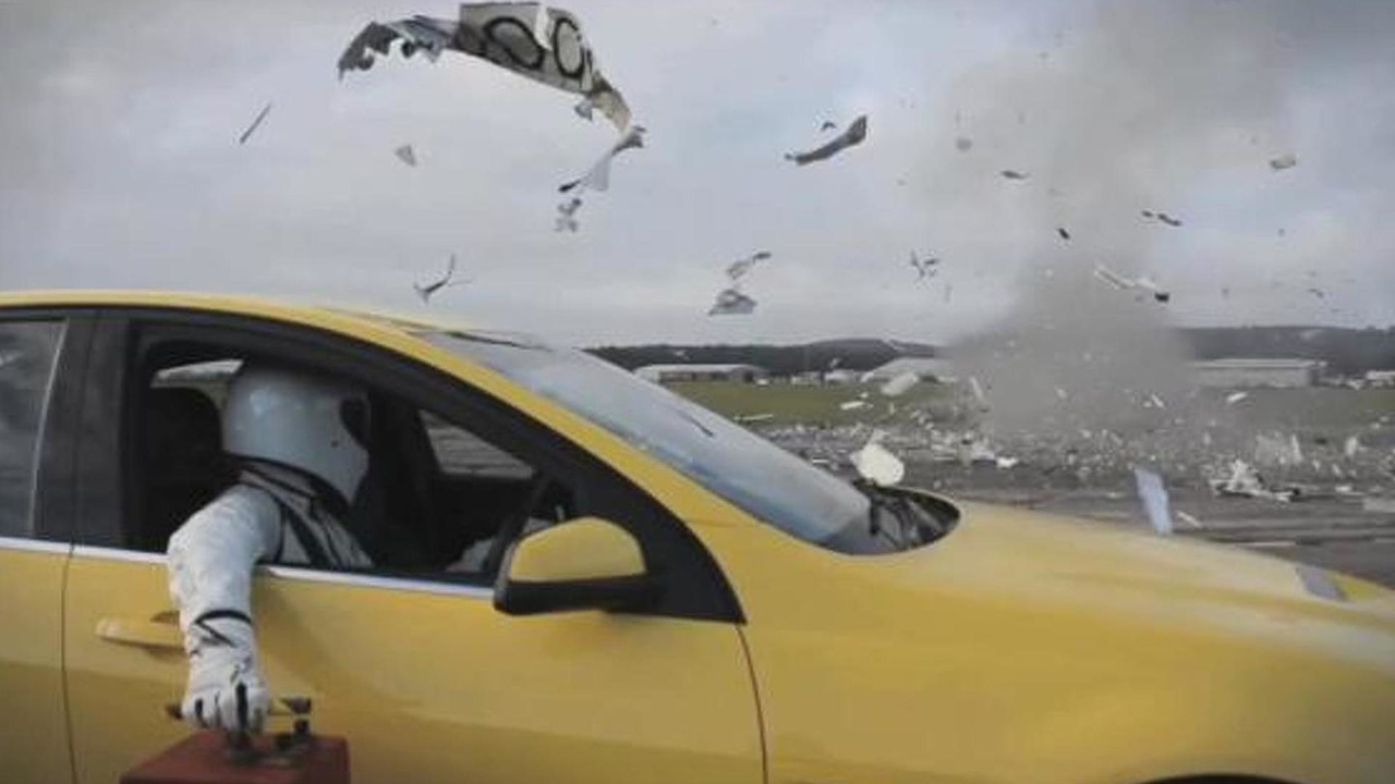 The stig blows up caravan