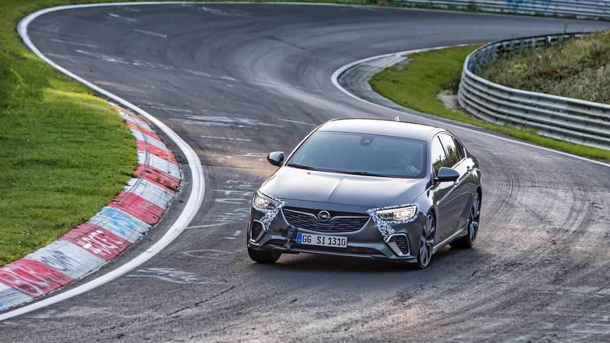 Opel Insignia GSi, Nürburgring'de OPC'den 12 saniye hızlı
