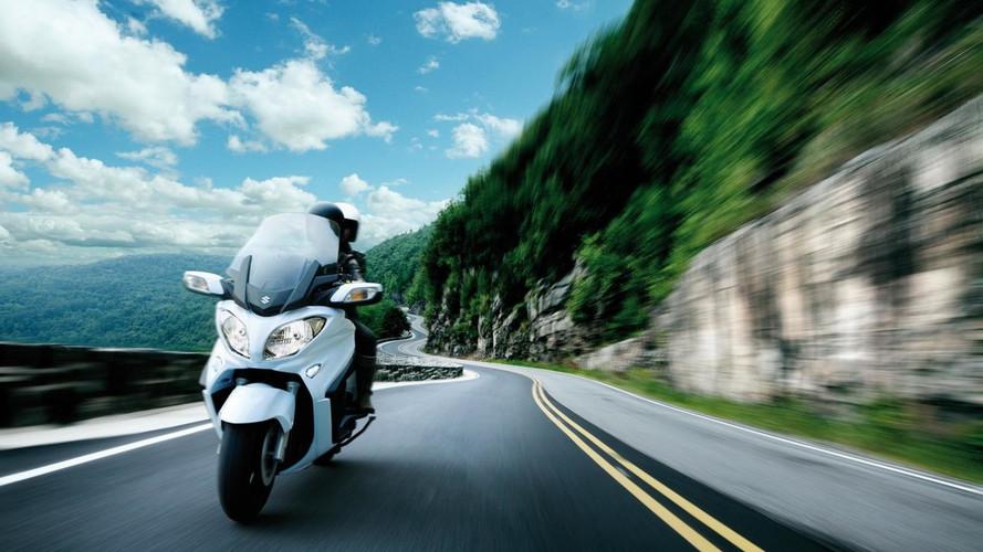 Suzuki presenta el renovado Burgman 650 Executive 2017