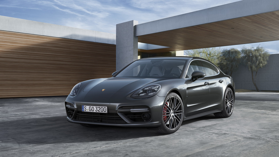 The second-gen Porsche Panamera gives everyone two turbos