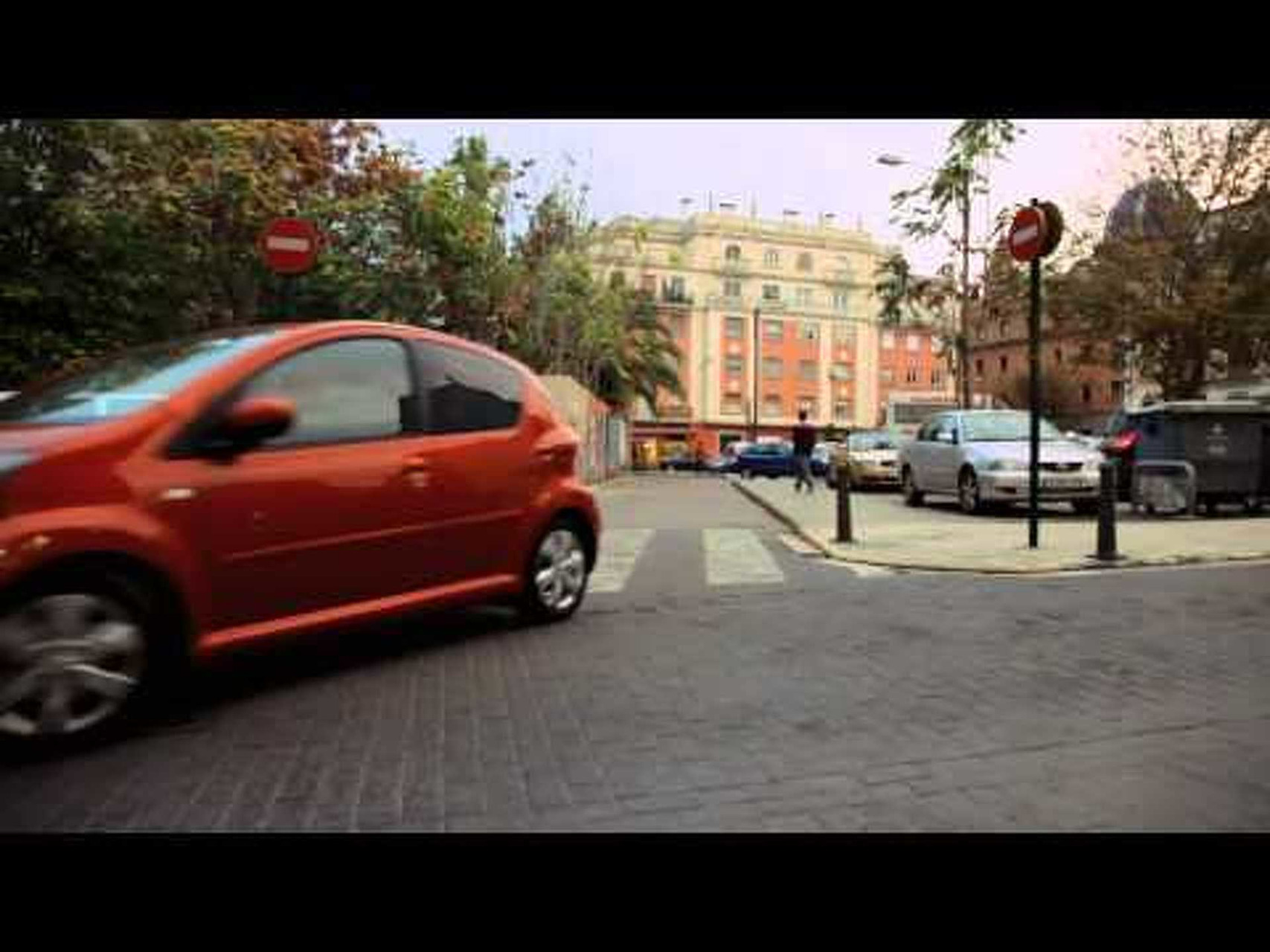 2012 Toyota Aygo - Running Footage